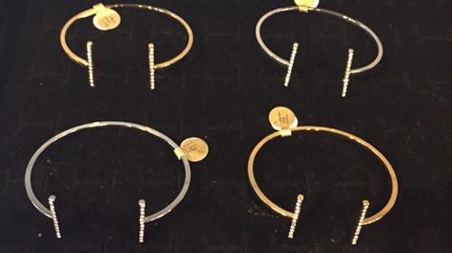 tres jolie bracelets