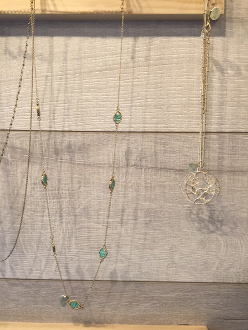 tres jolie long gold necklaces